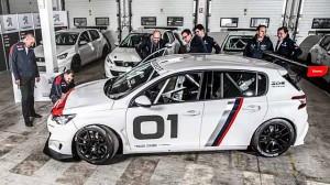 Dodání prvního Peugeotu 308 Racing Cup