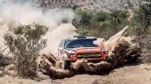 Dakar 2018 projel cílovou páskou