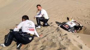 Loeb havaroval a na Dakaru končí!