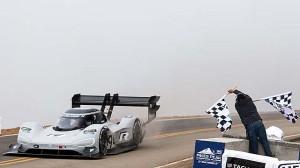 Pikes Peak: Volkswagen stanovil nový rekord!